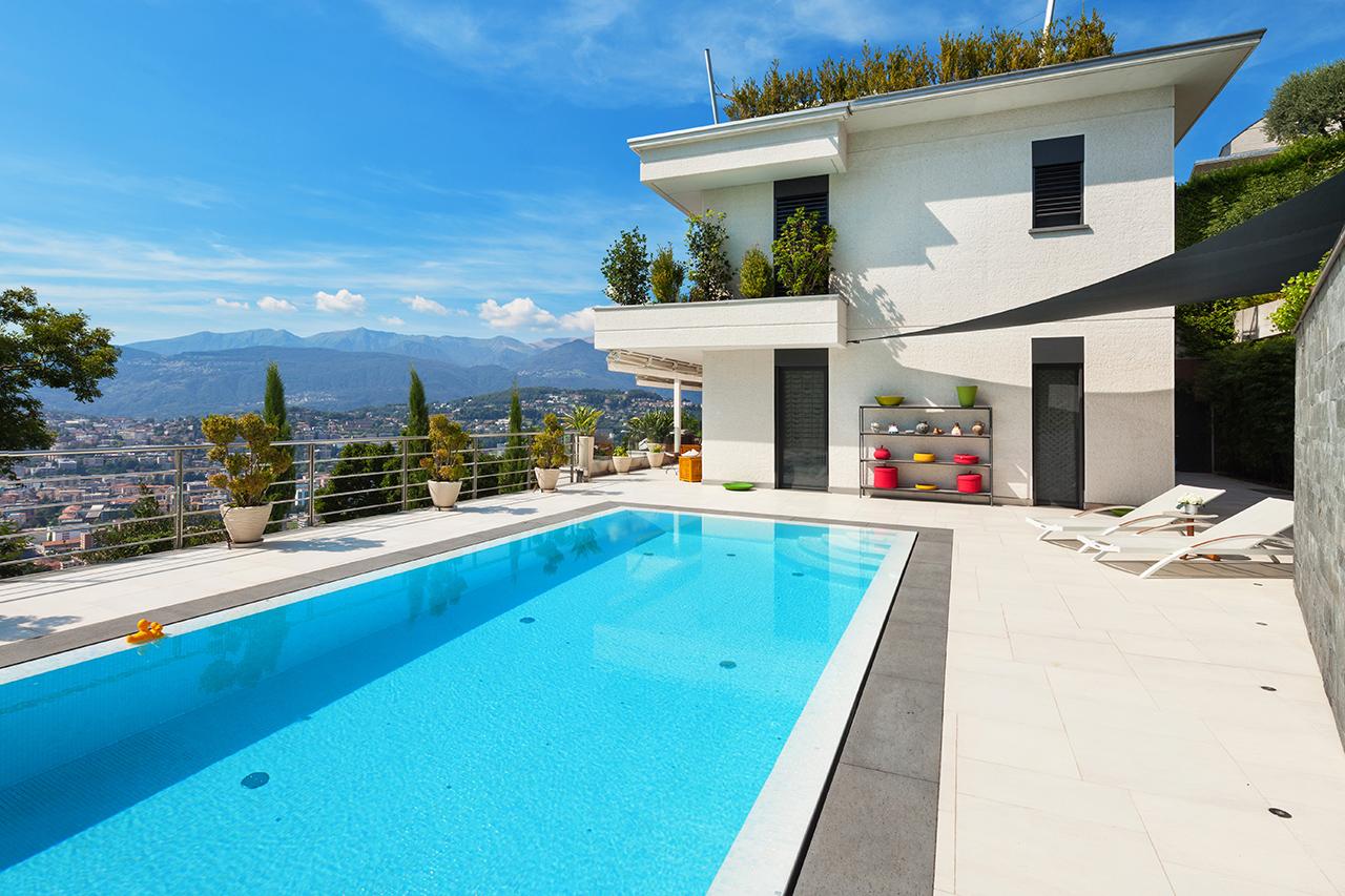 R alisations medibelle design renovation g n rale for Construction piscine 81